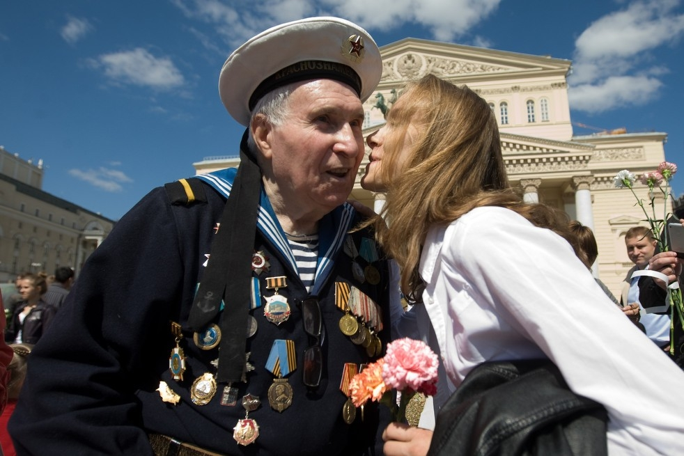 how many american ww2 veterans are still alive photo - 1
