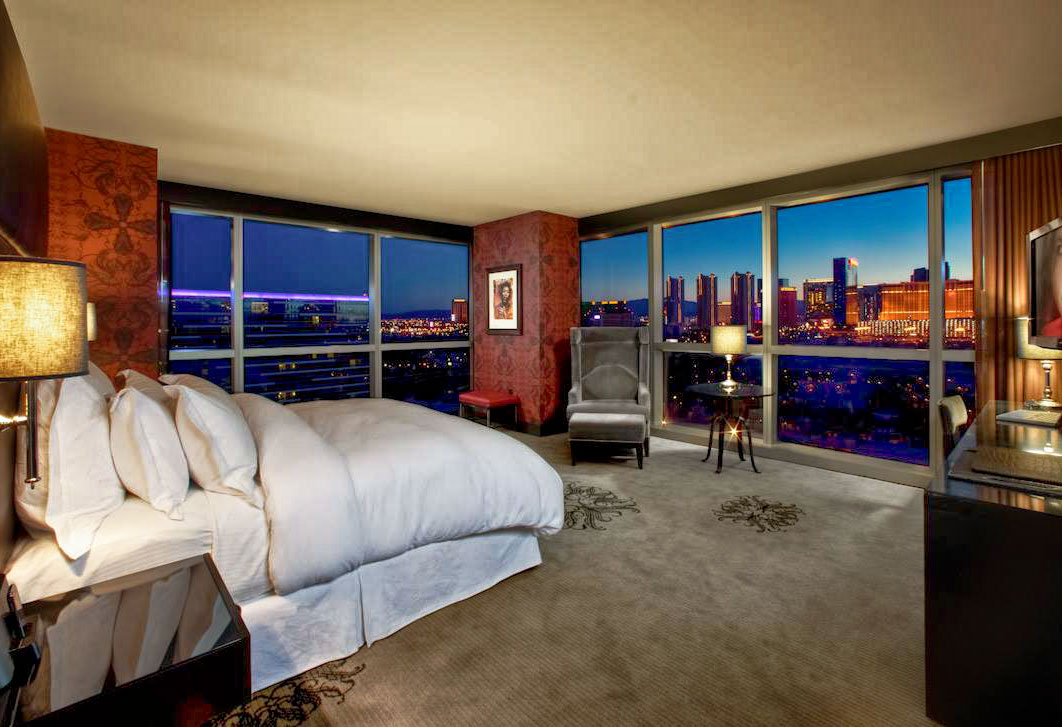 how many hotel rooms in las vegas photo - 1