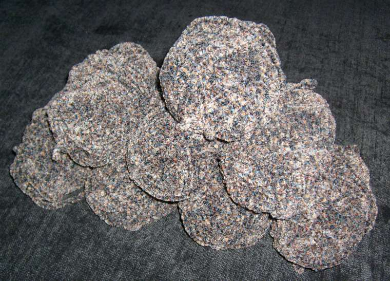 how many skeins of yarn to knit a blanket photo - 1